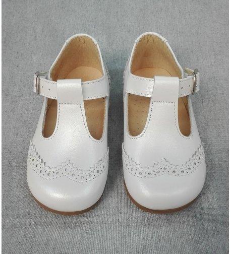 9f9abc393 Zapato NACAR BLANCO - Arca Boutique Infantil-Juvenil