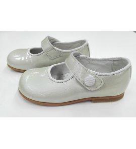 Zapato charol plata