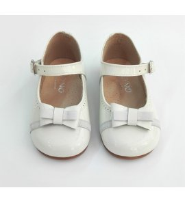 Zapato charol crudo lazo