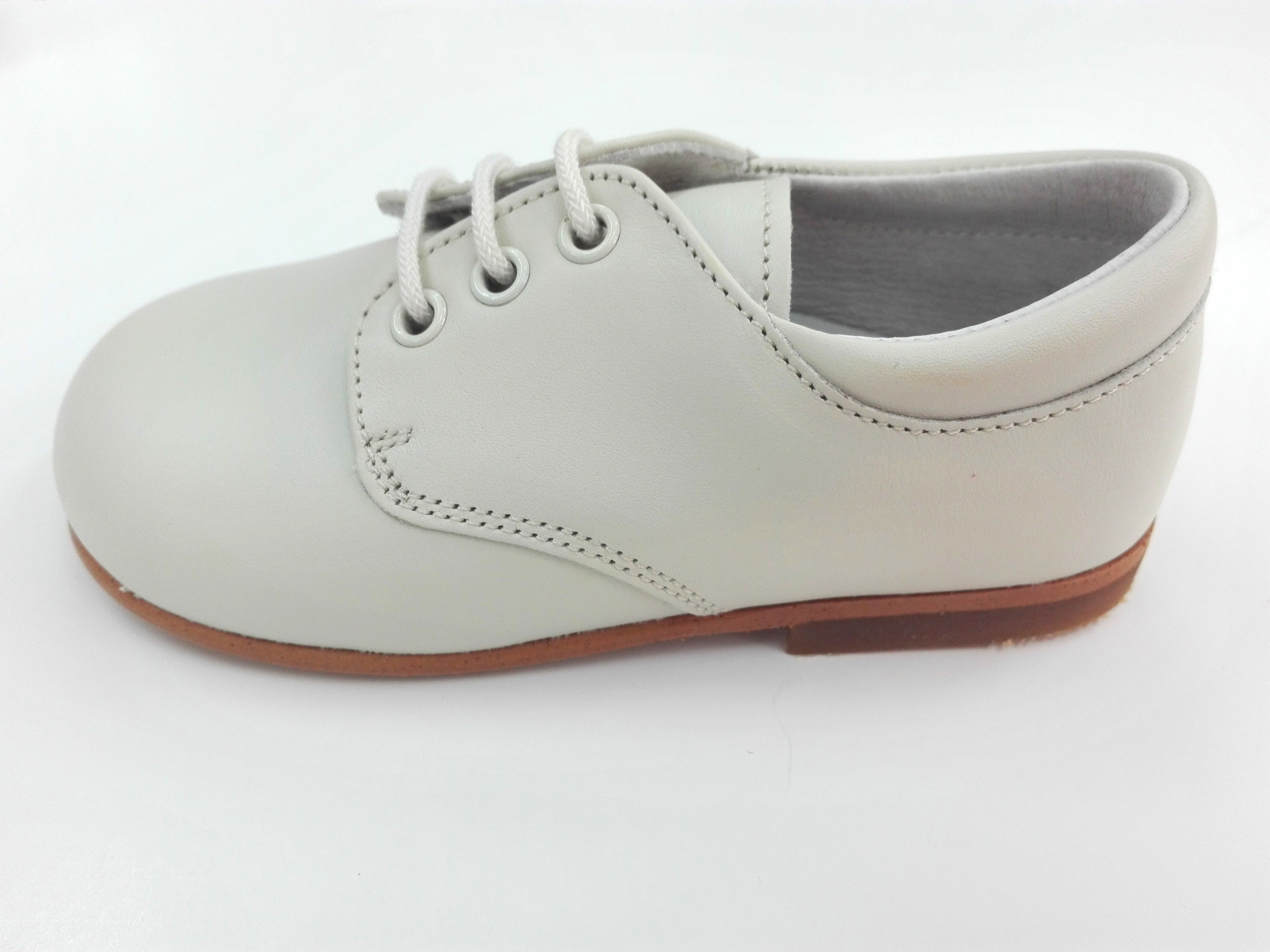 967920a96 Zapato niño cordón piel BEIGE - Arca Boutique Infantil-Juvenil