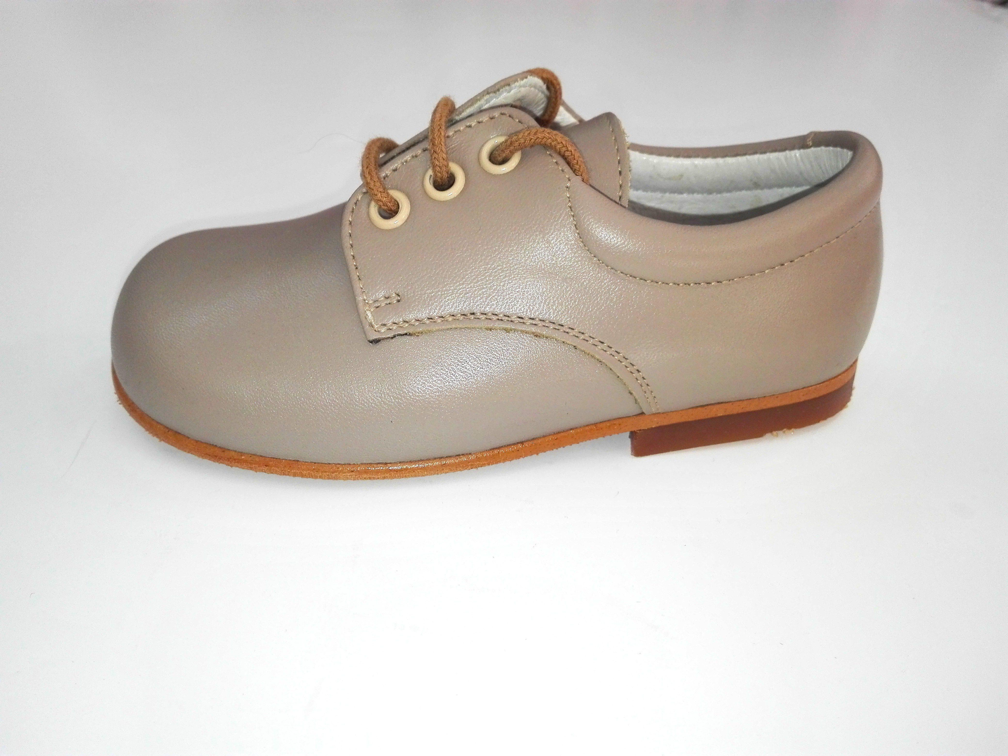 5c2437f2e Zapato cordón PIEL VISÓN - Arca Boutique Infantil-Juvenil