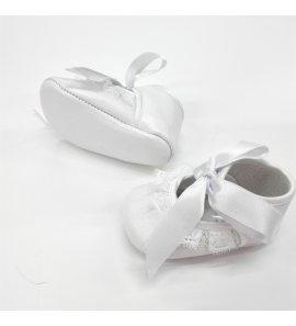 Zapato bebe puntilla