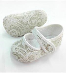 Zapato niña encaje beige