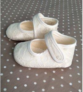 Zapato bebé encaje beige